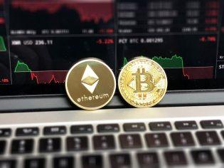 bitcoin-blockchain-business-730569